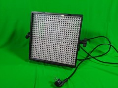LITEPANELS  LITEPANELS (LED panely) 1X1 Bi-Focus - Daylight Spot (30 degree) and Daylight Flood (50 degree) - SET- 2ks